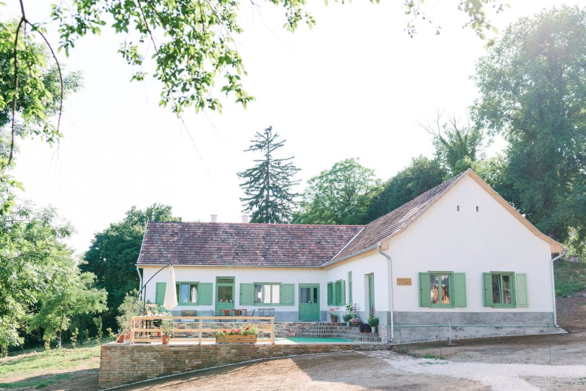 Maison Bogart